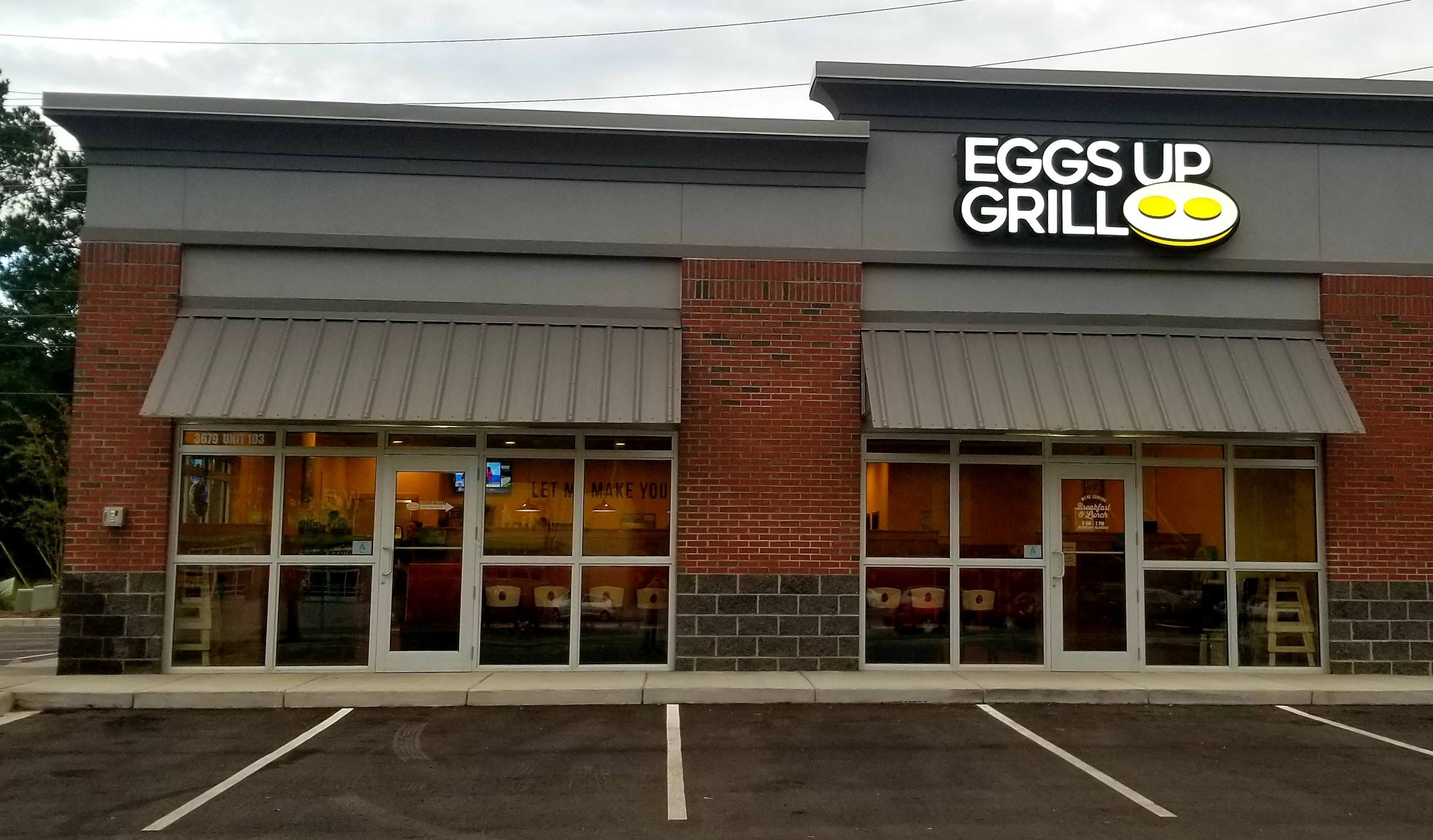Eggs Up Grill Opens New Location In Charleston S C Market